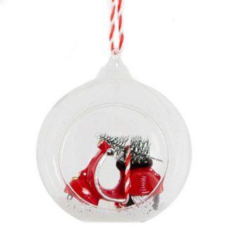 Julgranskula i glas med scoter