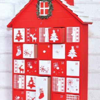 Husformad Julkalender i Trä 40x28 cm